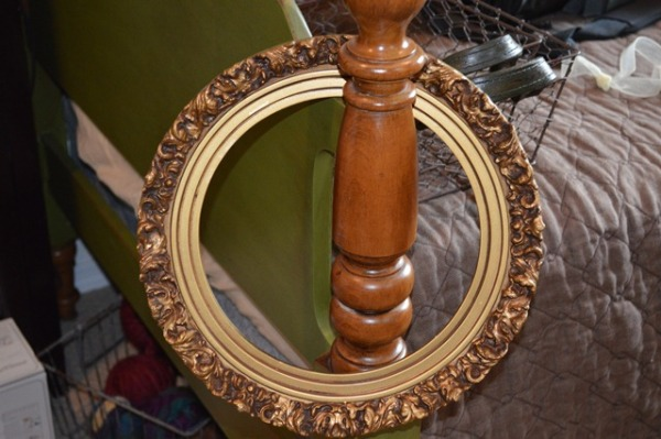 Round Frame from The Treasure Hound